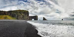 dyrholaey zwart strand bezienswaardigheid ijsland