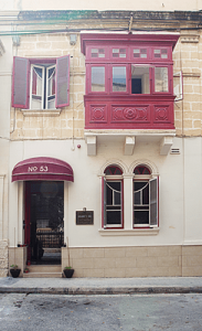 granny inn hostel malta wonen