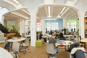 impact hub praag wonen werken tsjechie