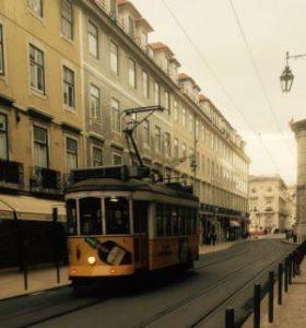 tram wonen werken lissabon portugal